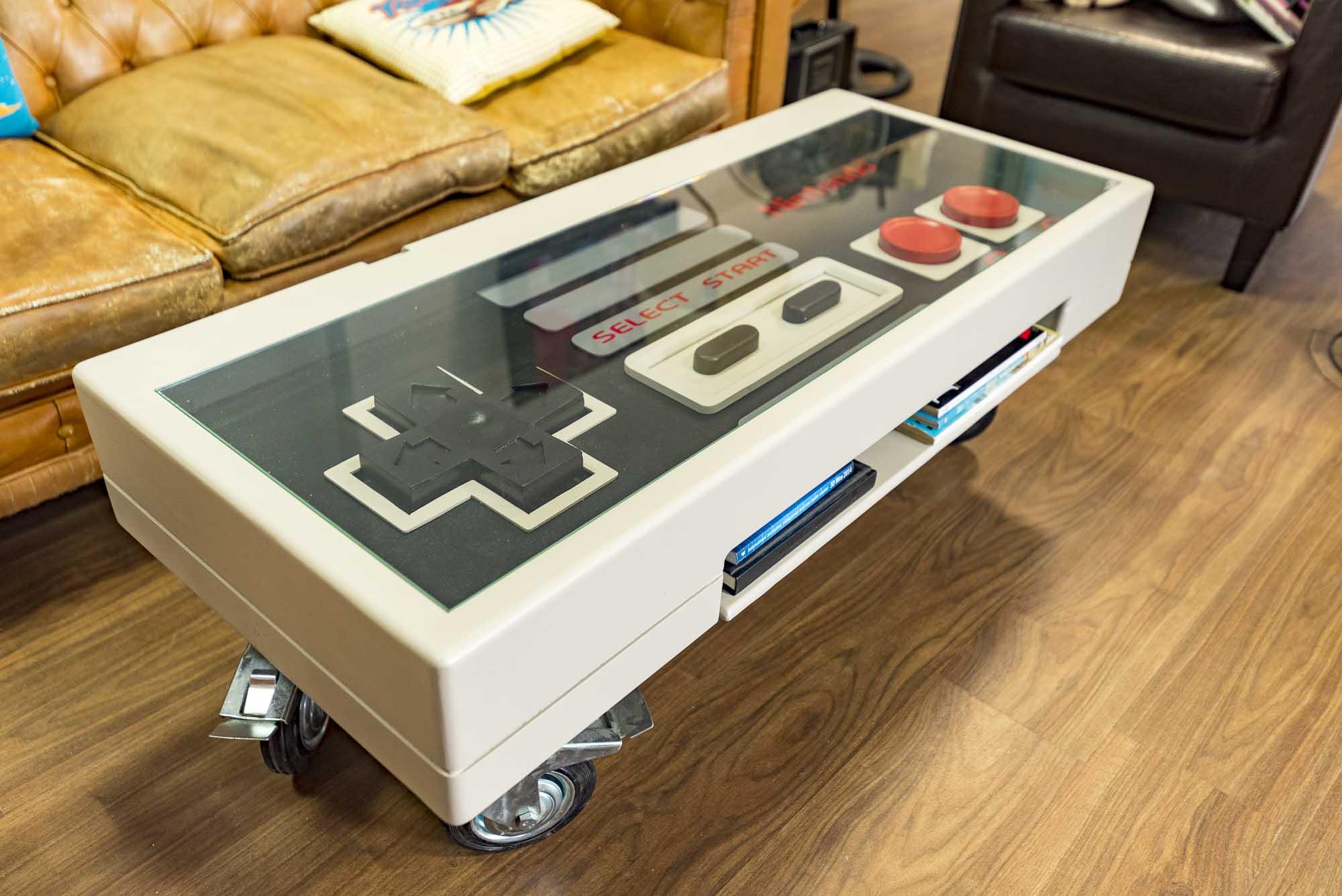 Mesa Nintendo Diseñada por Freaklances