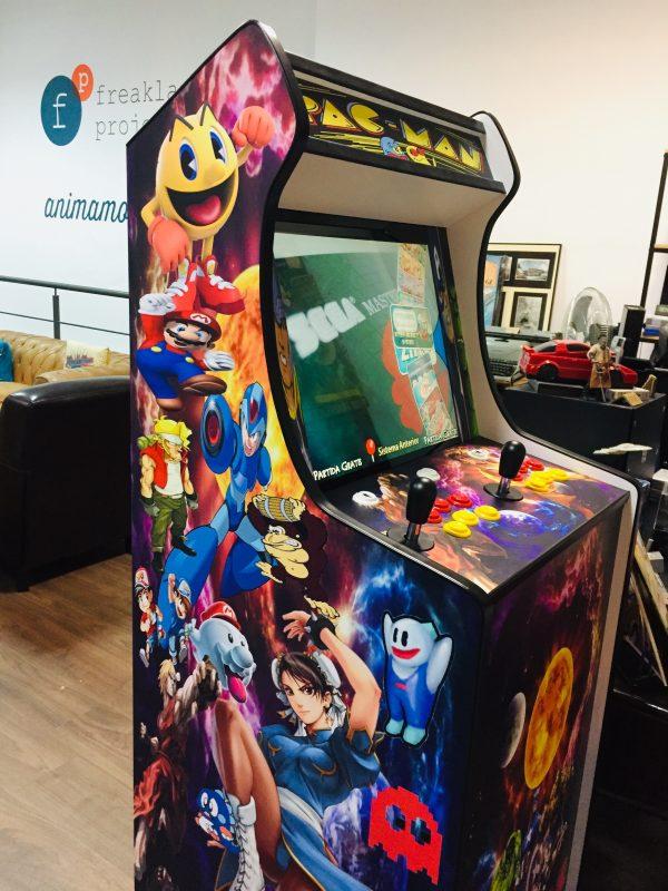 Máquina Arcade Retro con 20.000 juegos